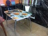 Кухонный нераздвижной стеклянный стол с фотопечатью