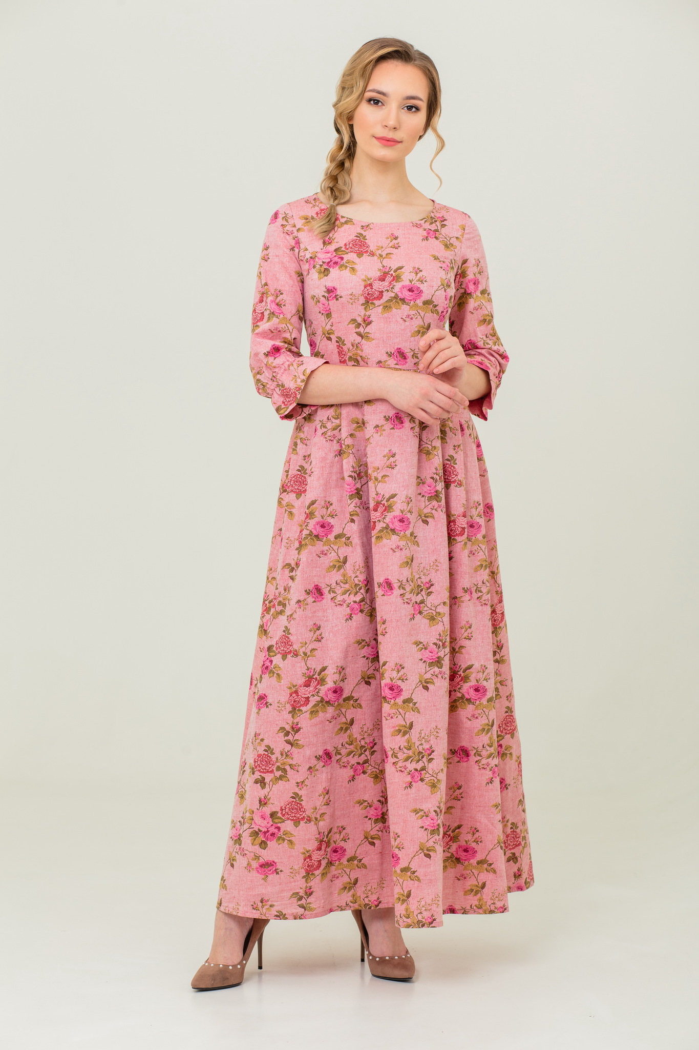 Длинное платье в русском стиле Персиковое