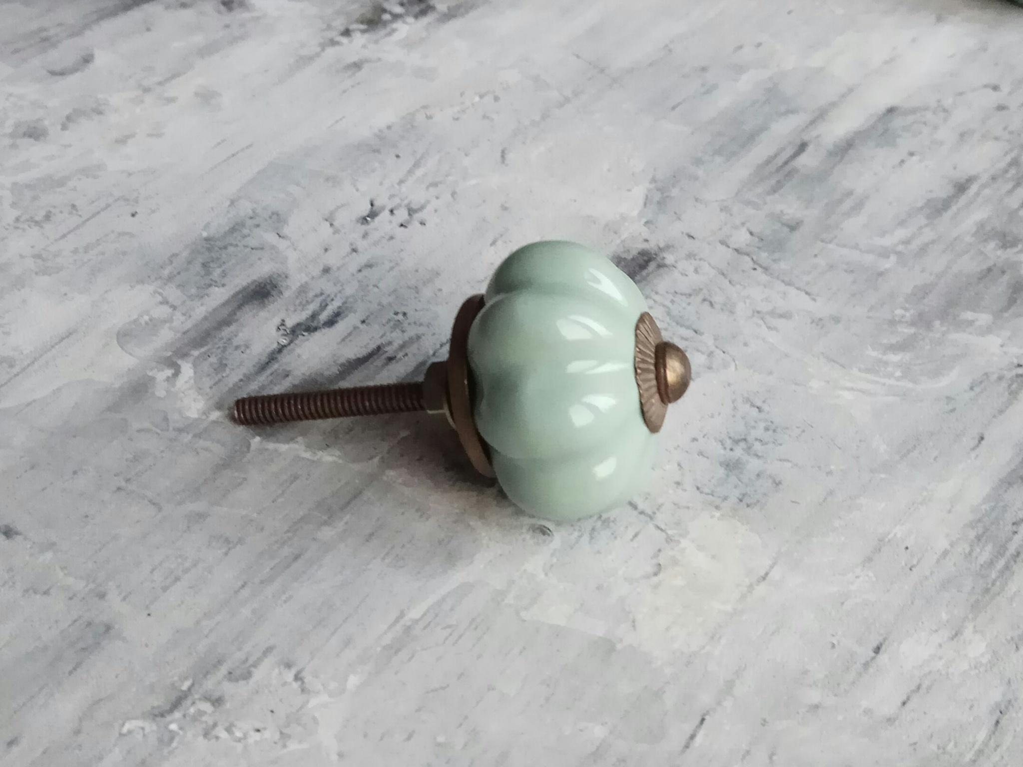 Ручка мебельная керамическая  -