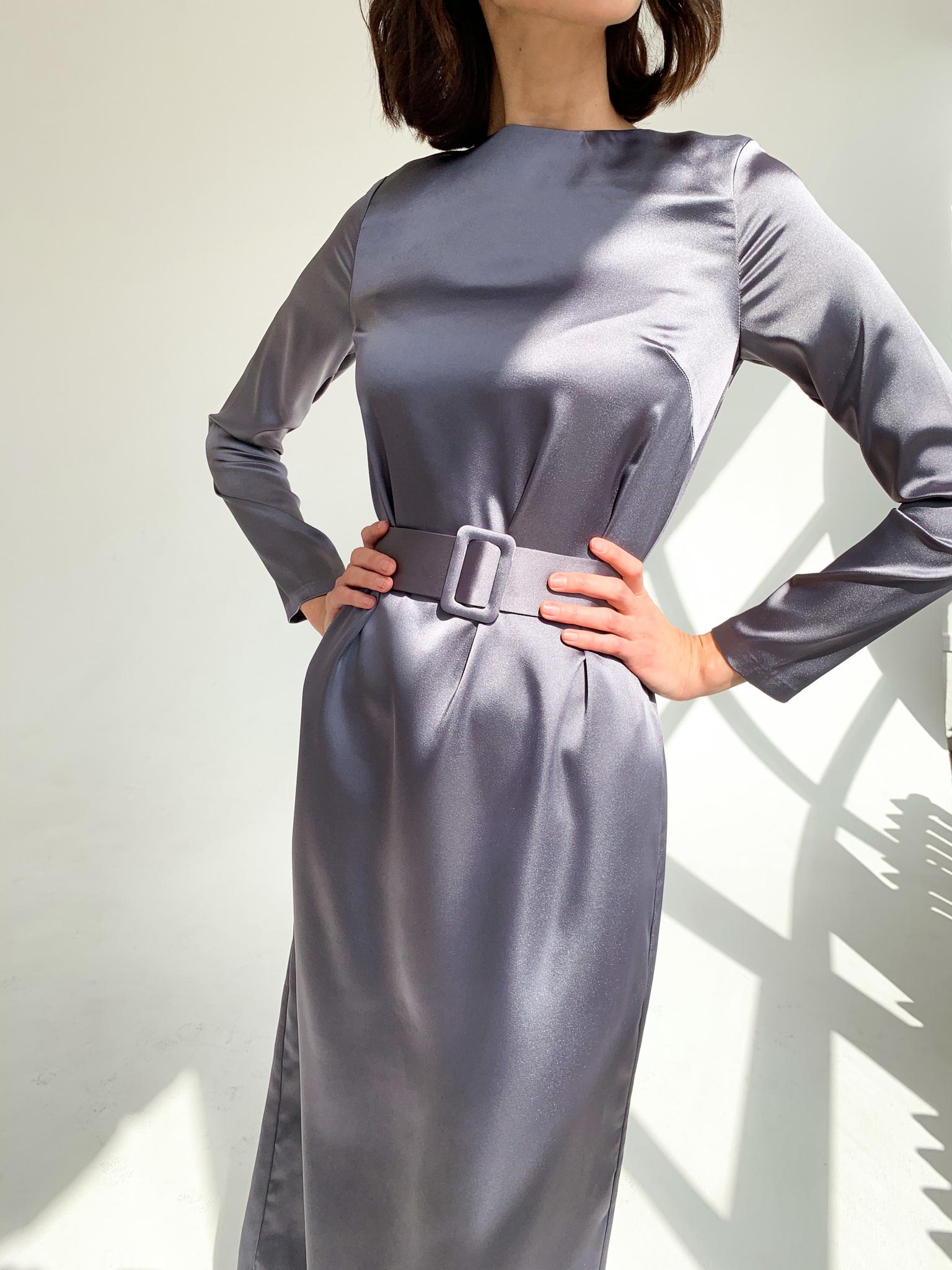 Платье миди прямое с поясом (графит)