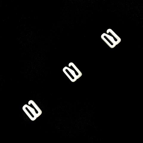 Крючок для бретели белый матовый 10 мм (цв. 001)