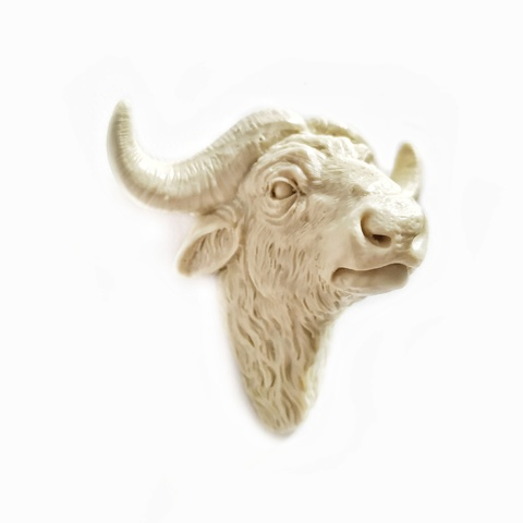 Д0003-Б Пластиковый декор. Голова быка большая.