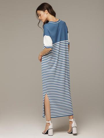 Голубое с белым платье прямого силуэта из струящегося шелка с вискозой в морском стиле - фото 2