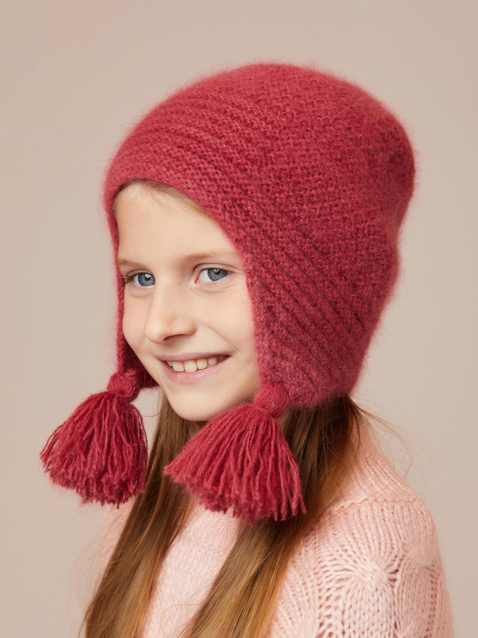 Шапочка для девочки из ангоры ручной вязки бордовый розовый