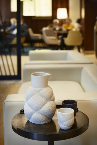 Фарфоровый стакан для чая, белый, артикул 650732, серия Succession
