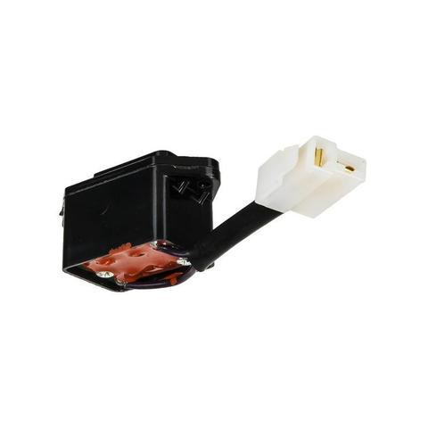 Штеккер DDE GG950, GG3300. розетка 12V (022010003900), шт