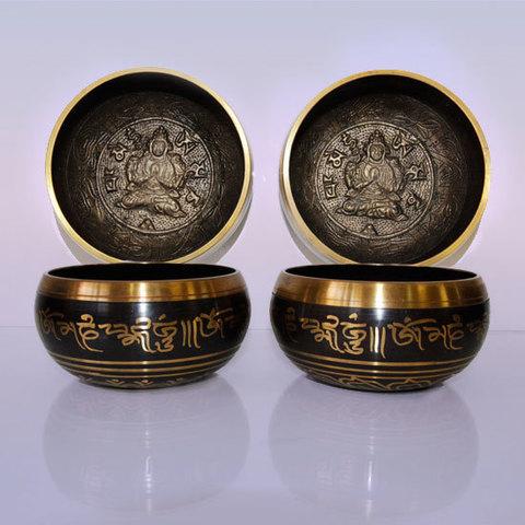 Чаша поющая с черным барельефом Будда для лечения и медитации,d-10 см