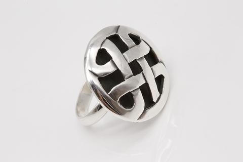 Серебряное кольцо 925 пробы без камней 103 КО-577
