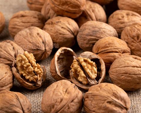 сладкий орех из Чили в скорлупе купить
