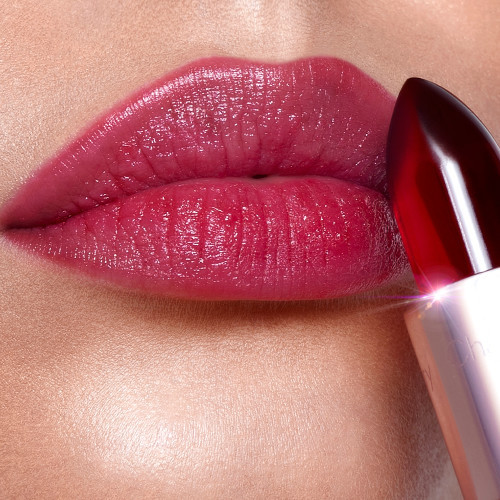 Charlotte Tilbury Glowgasm Lips