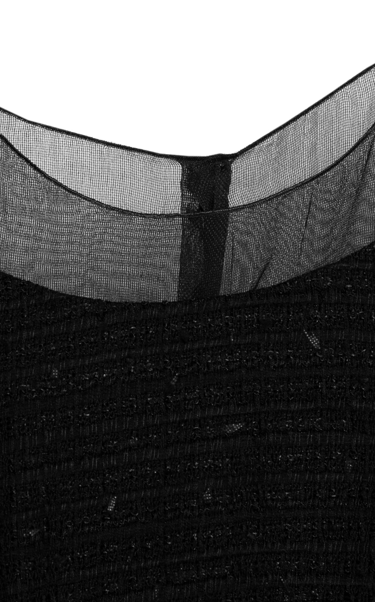 Элегантное платье из твида черного цвета от Chanel, 34 размер.