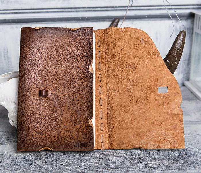 BY01-06-07 Прикольный кожаный блокнот «Лучник» с застежкой - клыком (А5) фото 05