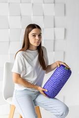 Валик-подушка Gekoko «Вязаный валик», фиолетовая, антистресс 1