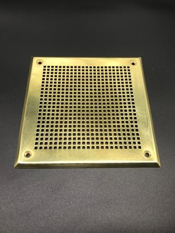 Решётка 210х210 мм, латунь, перфорация мелкий квадрат