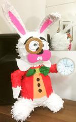 пиньята Кролик - Алиса в Стране Чудес