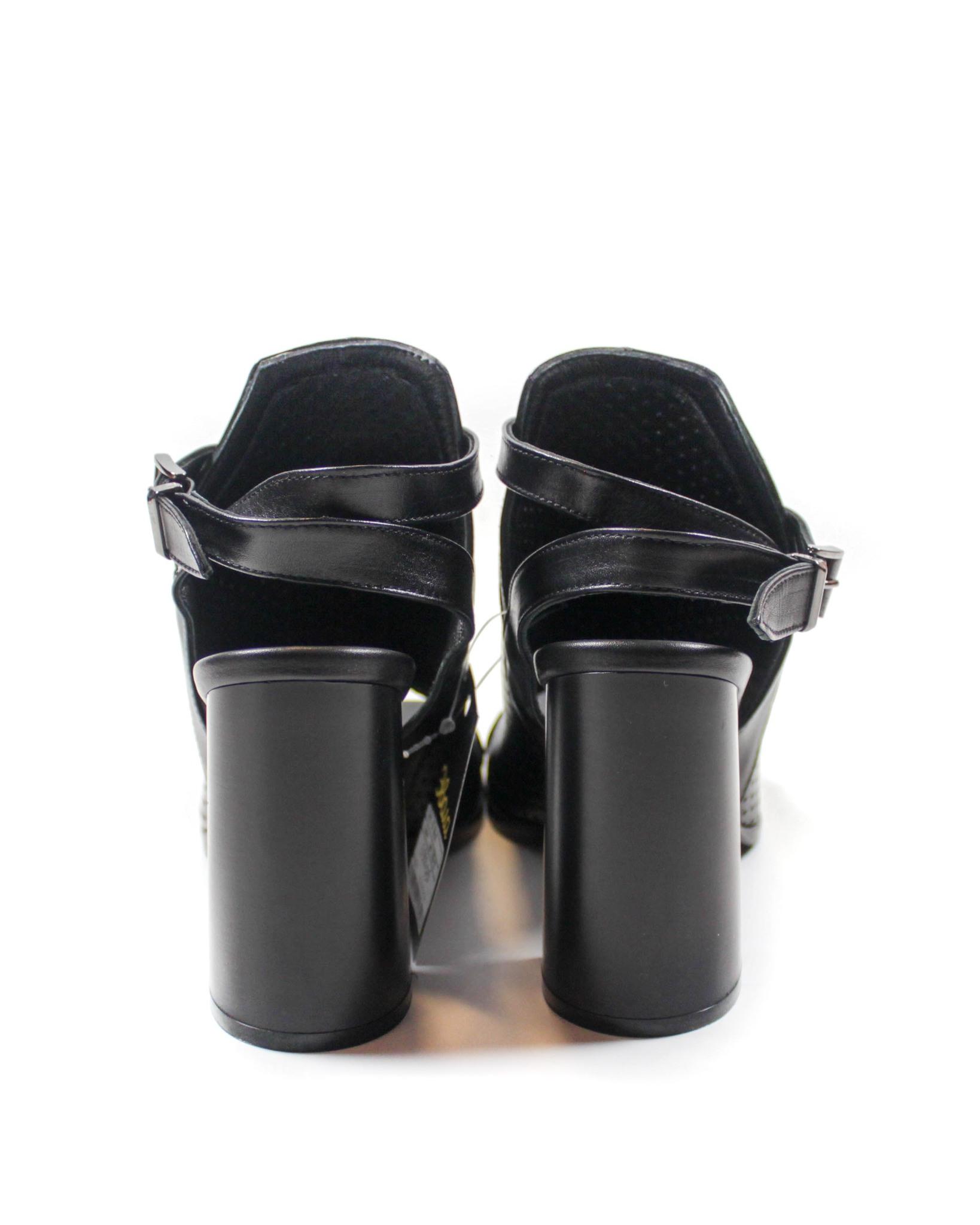 черные босоножки Mario Muzi