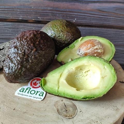 Фотография Авокадо Хасс (Перу) 3 шт / 450 г купить в магазине Афлора