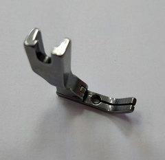 Фото: Лапка центральная для вшивания молнии Р363 V (узкая)