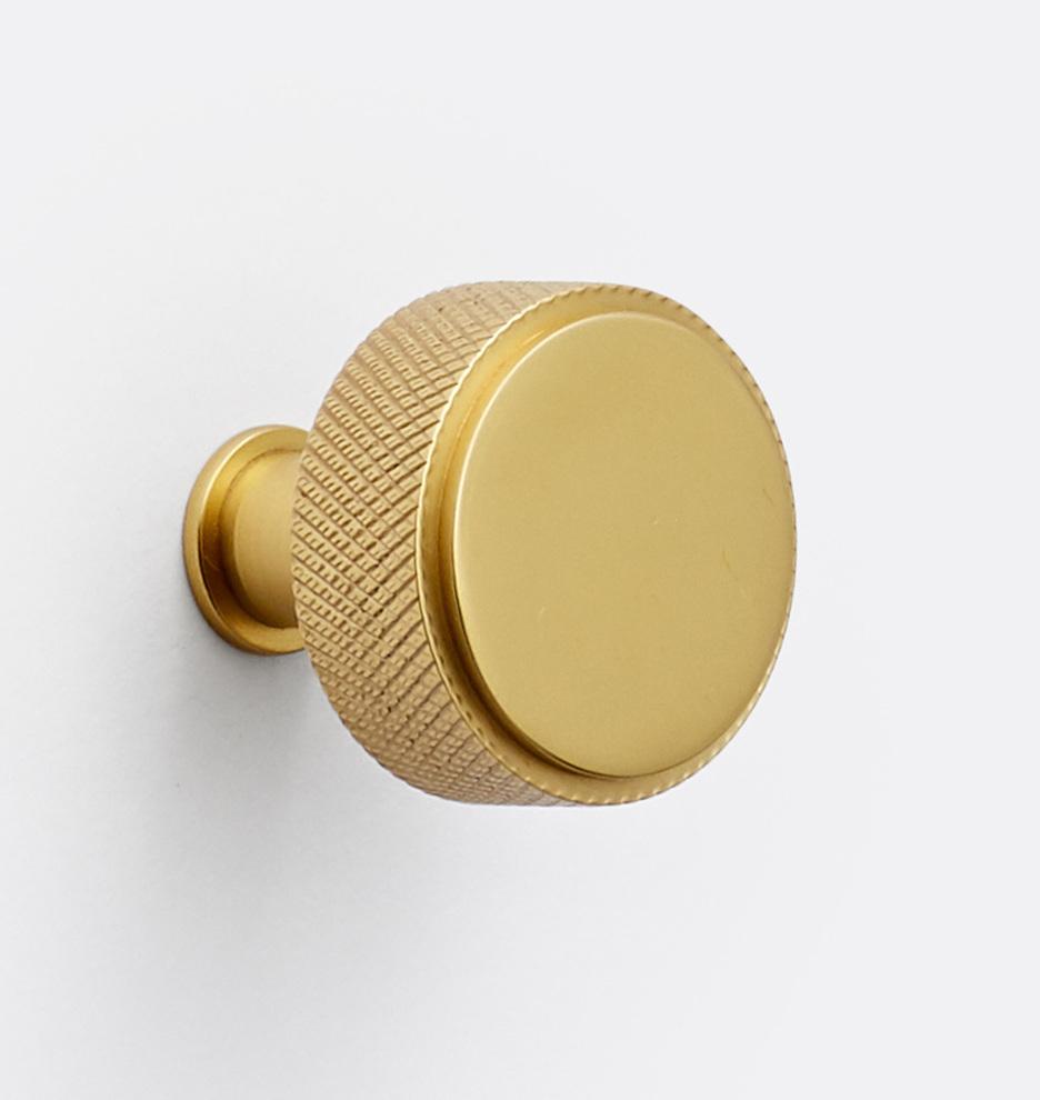 Кнопки Ручка кнопка V21 C2110_CP_19Q4L1_190805_001_C2110.jpg