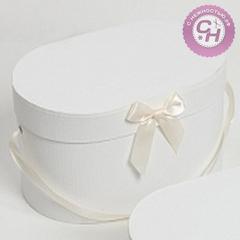 Коробка овальная с атласным бантом