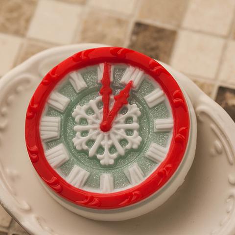 Форма для мыла Часы новогодние