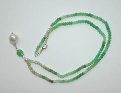 Ожерелье из хризопраза с жемчугом, 54-56 см