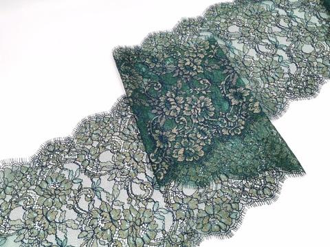 Кружево шантильи с ресничками, 23 см, изумрудно-золотистый с синей кордовой нитью, купон (3 м), (Арт: SK-2005)