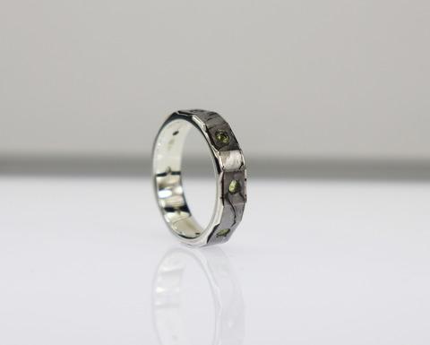 Кольцо Olivines