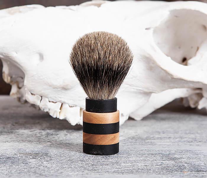 RAZ381 Помазок из барсучего волоса с деревянной рукояткой фото 02