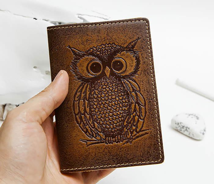 BY140808 Кожаная обложка на паспорт с совой фото 04