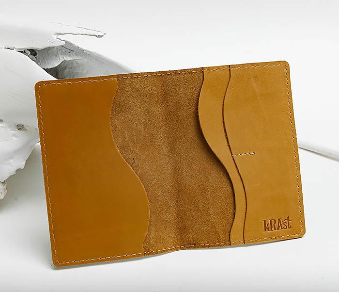 BY140808 Кожаная обложка на паспорт с совой фото 05
