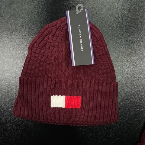 Шапка TOMMY HILFIGER 986500red