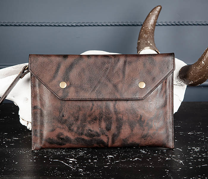 WL332-3 Вместительный клатч из кожи оригинального цвета
