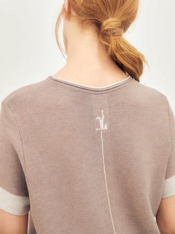 Женская футболка темно-кофейного цвета из вискозы - фото 3
