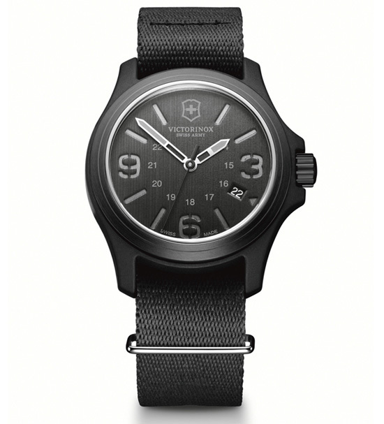 Часы наручные кварцевые, Black Victorinox (241517)