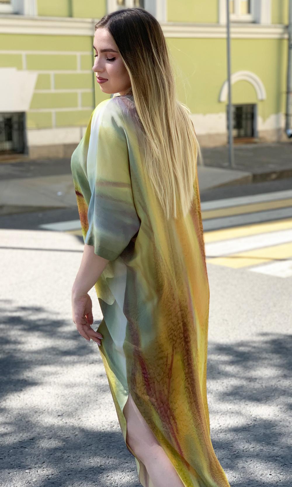 Шелковое платье батик Лилии
