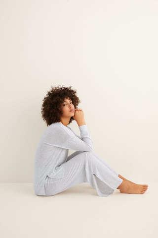 Довга піжама зі штанами кльош