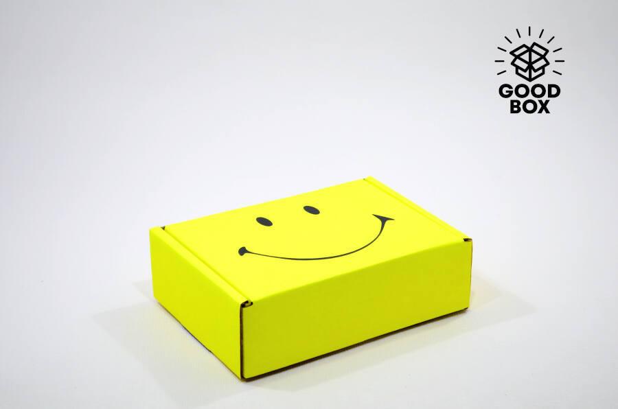 Подарочная коробка с откидной крышкой купить в Алматы
