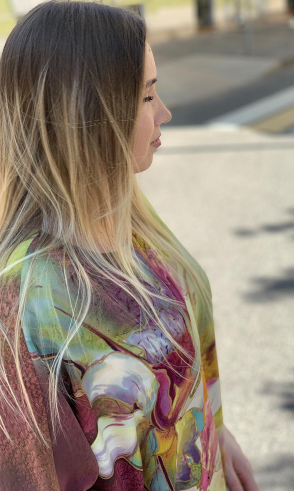 Платье батик из шелка