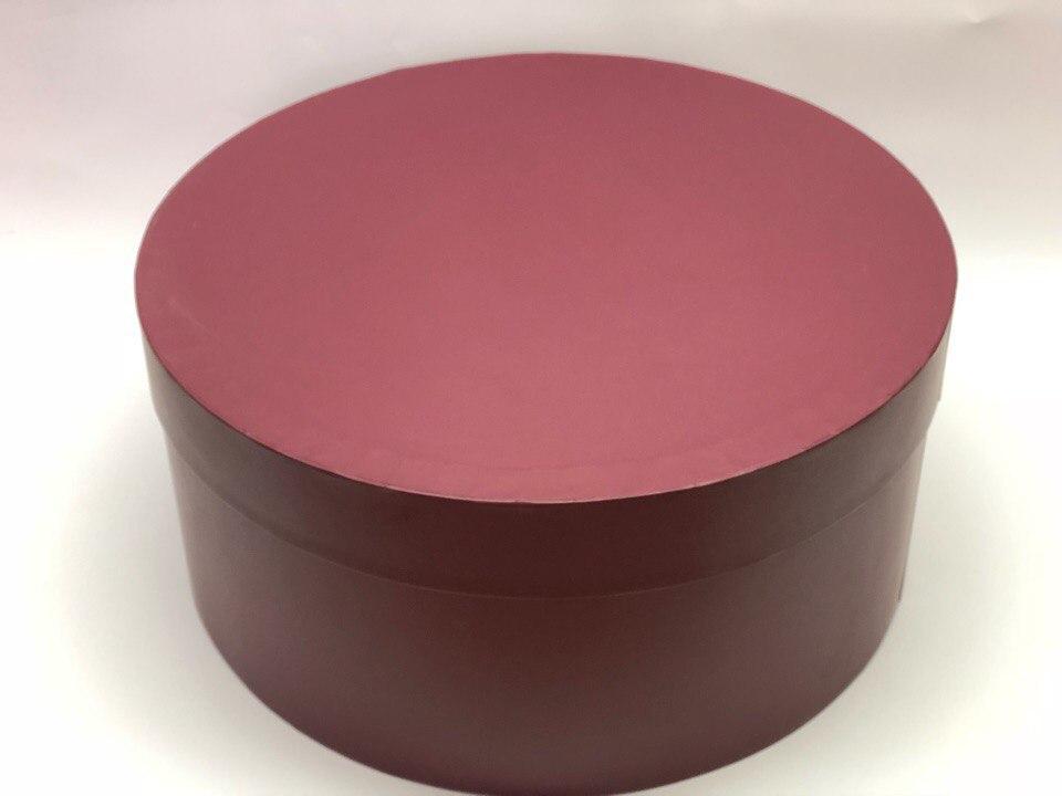 Короткая коробка D 32 см . Цвет: Бордо    . Розница 450 рублей .
