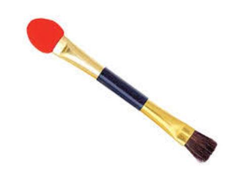 Кисточка макияжная красная