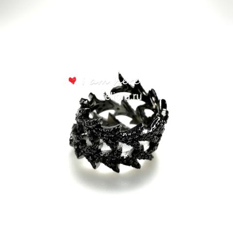 Кольцо Spiral dragon из серебра с черными цирконами в стиле APM MONACO