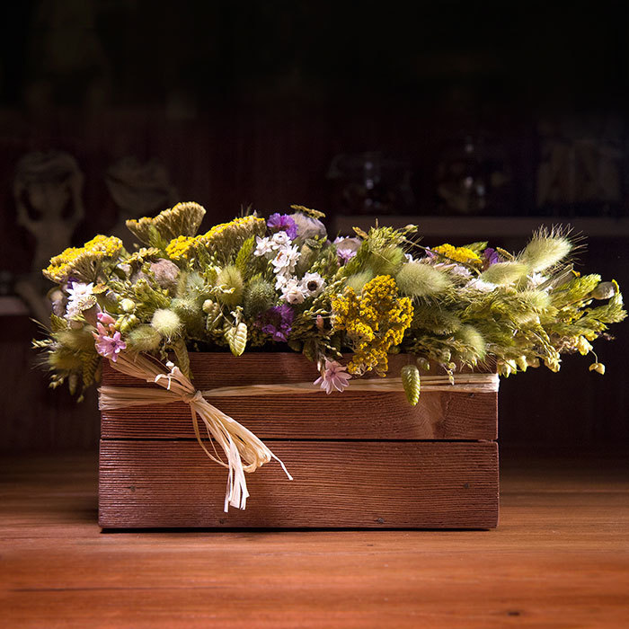 декор интерьера летняя композиция из сухоцветов и стабилизированных цветов в Перми
