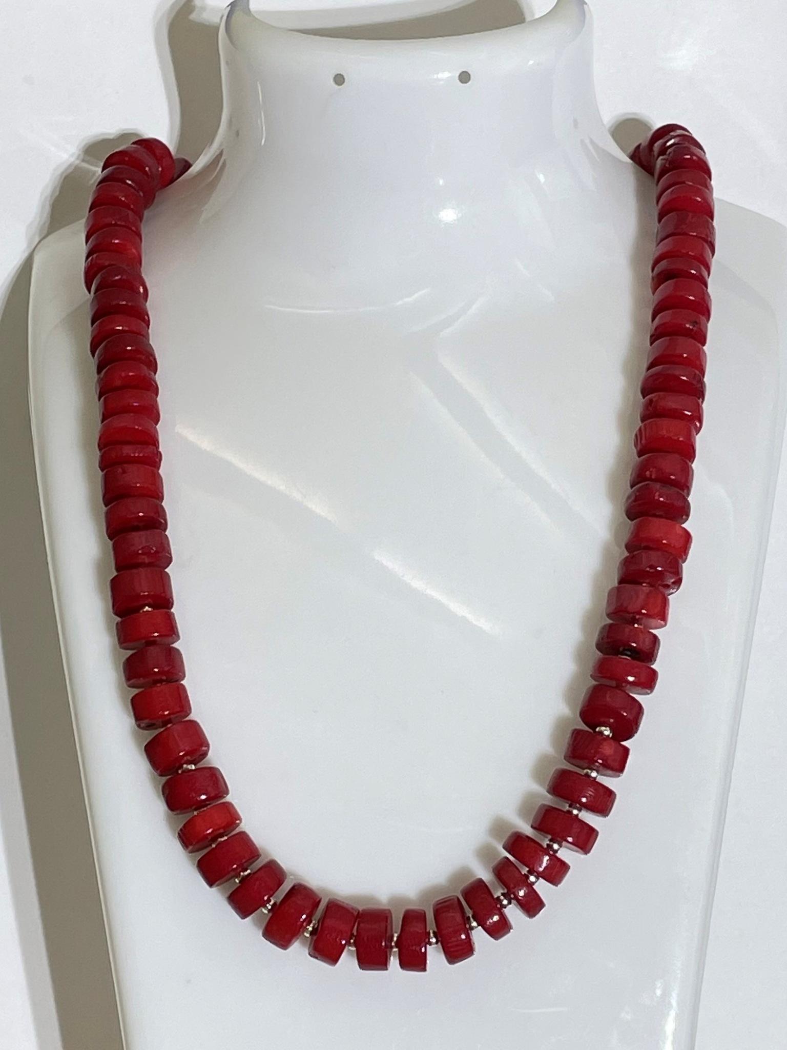Коралл-ааа (бусы из натуральных камней)