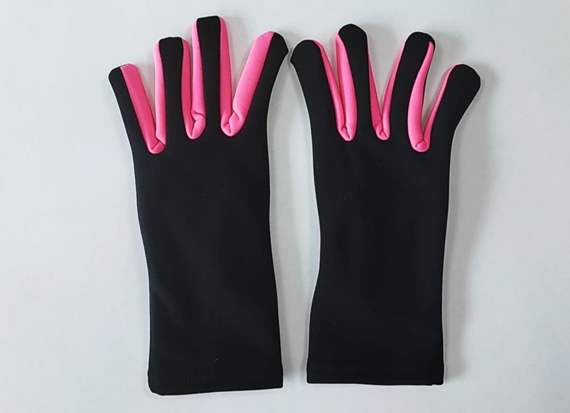 Перчатки из термоткани (чёрные с розовой вставкой)
