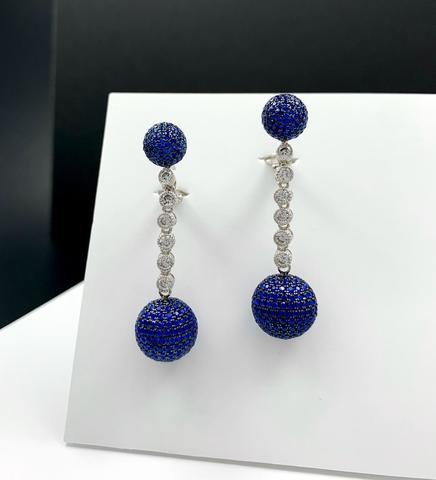 89034- Серебряные серьги с подвесками шары с синими микроцирконами