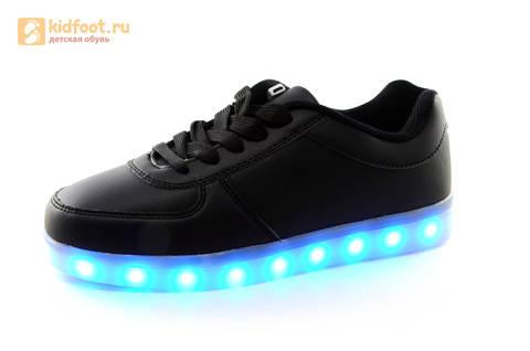 Светящиеся кроссовки с USB зарядкой Fashion (Фэшн) на шнурках, цвет черный, светится вся подошва. Изображение 3 из 27.