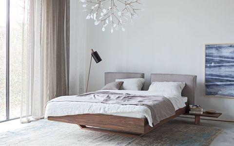 Кровать B15