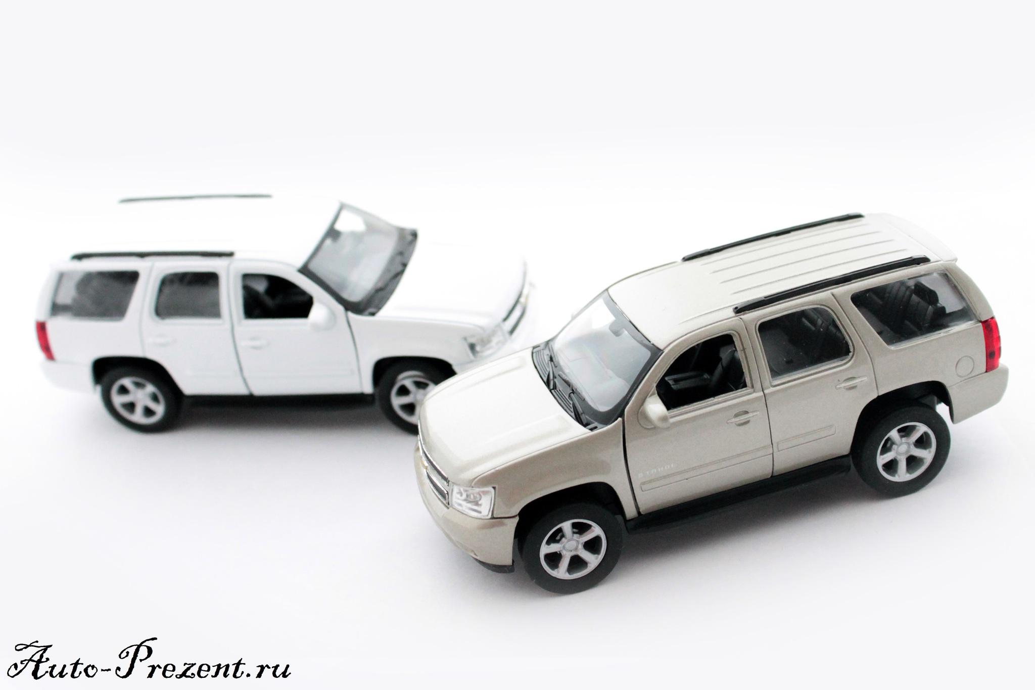 Машинка-игрушка Chevrolet Tahoe