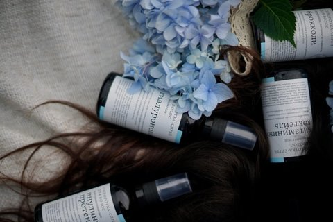 Сыворотка-спрей для волос Гиалуроновая Краснополянская косметика, 100 мл